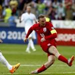 Roy Hodgson Harus Mulai Memikirkan Alternatif Lini Depan